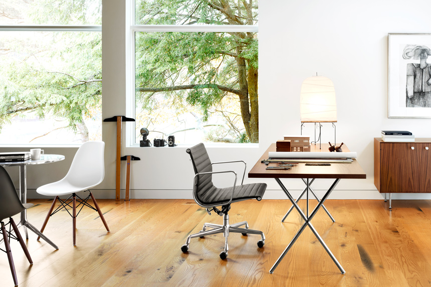 Eames Molded Plastic Side Chair and Hang-it-All - Item2