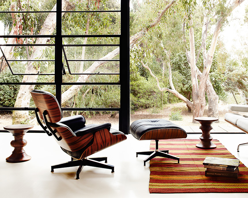 Eames Lounge Chair and Ottoman (Walnut Veneer - Black Leather) - In-stock: Less - Item1