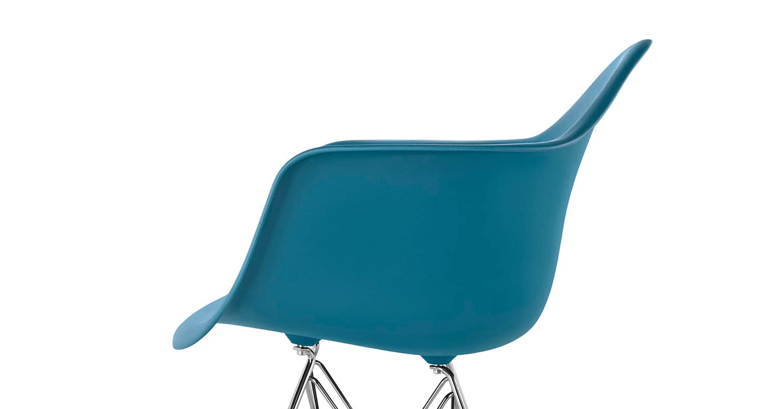 Eames Molded Plastic ArmChairEames® Molded Plastic Wire-Base Armchair (DAR)