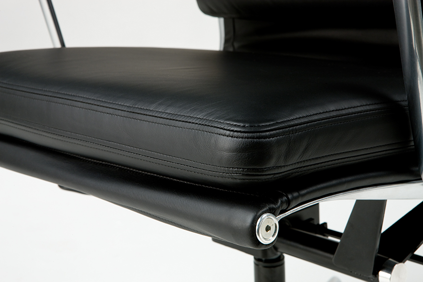 Eames Soft Pad Executive Chair - Item6