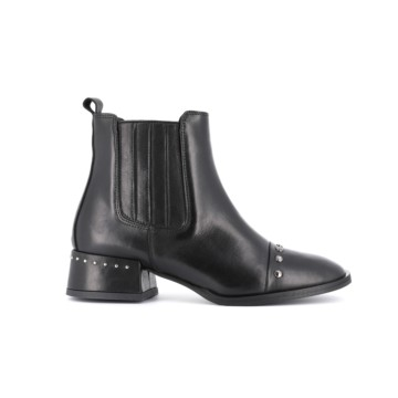 Belty Boots