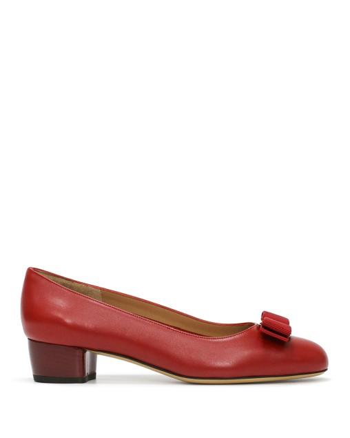 VARA Red Pumps