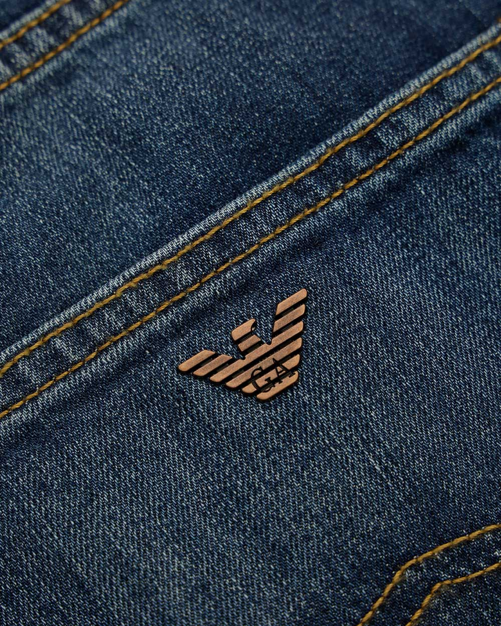 Logo Casual Jeans 2