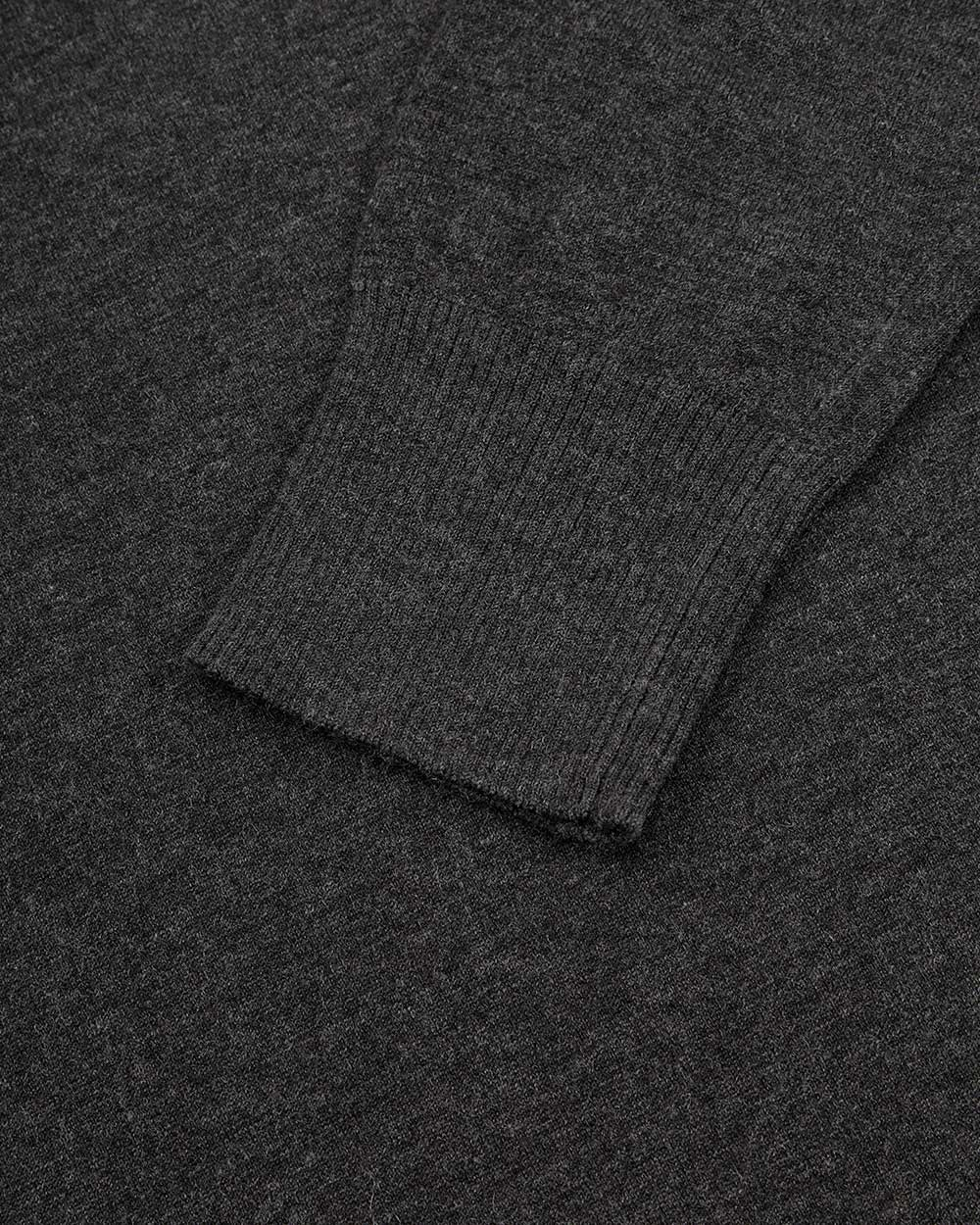 Round Neck Long Sleeves Sweater 2